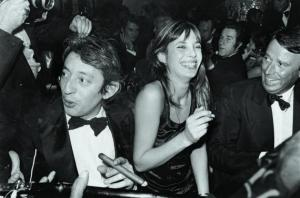 page_32_33_photo_gainsbourg_1974